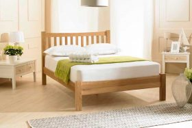 Eleanor Solid Oak Shaker Bed