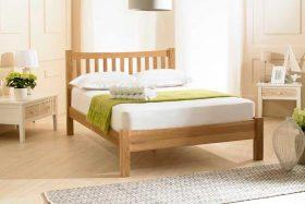 Eleanor Solid Oak Shaker Bed
