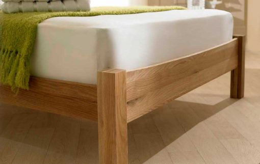 Eleanor Solid Oak Shaker Bed Foot